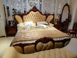 High Quality Modern Luxury Wooden <font><b>Beds</b></font> <