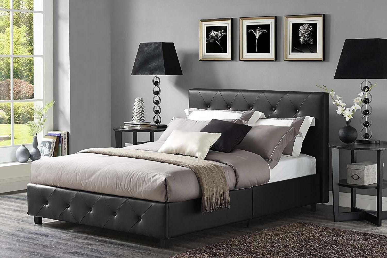 Upholstered Bed with Signature Sleep