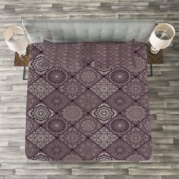Mandala Quilted Bedspread & Pillow Shams Set, Frames Vintage